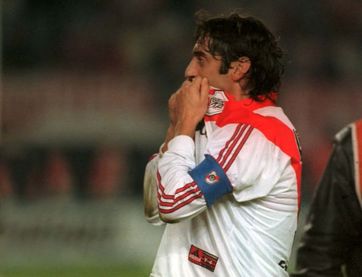 FÚTBOL. 1999. Despedida de Enzo Francescoli en #River.