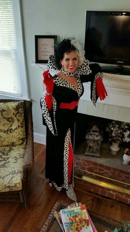 101 dalmations cruella deville halloween costume - Cruella Deville Halloween Costume Ideas
