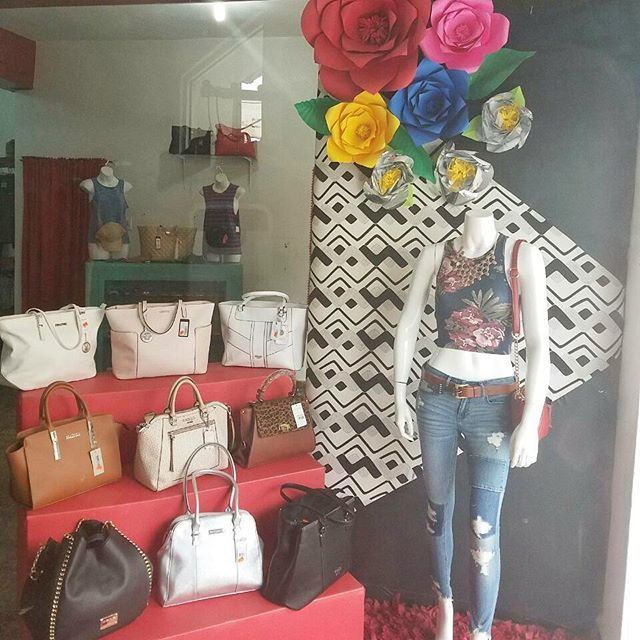 """""""Todo lo que necesitas para vestir a la moda está en 👉 @eclipseyjustin 👈 ❤  Envíos a toda parte del país y aceptamos todas las tarjetas de crédito. . #fashion #style #stylish #love #me #cute #photooftheday #nails #hair #beauty #beautiful #instagood #instafashion #pretty #girly #pink #girl #girls #eyes #model #dress #heels #styles #outfit #purse #jewelry #shopping #outfitoftheday"""" by @eclipseyjustin. #capture #pictures #pic #exposure #photos #snapshot #picture #composition #pics #moment…"""