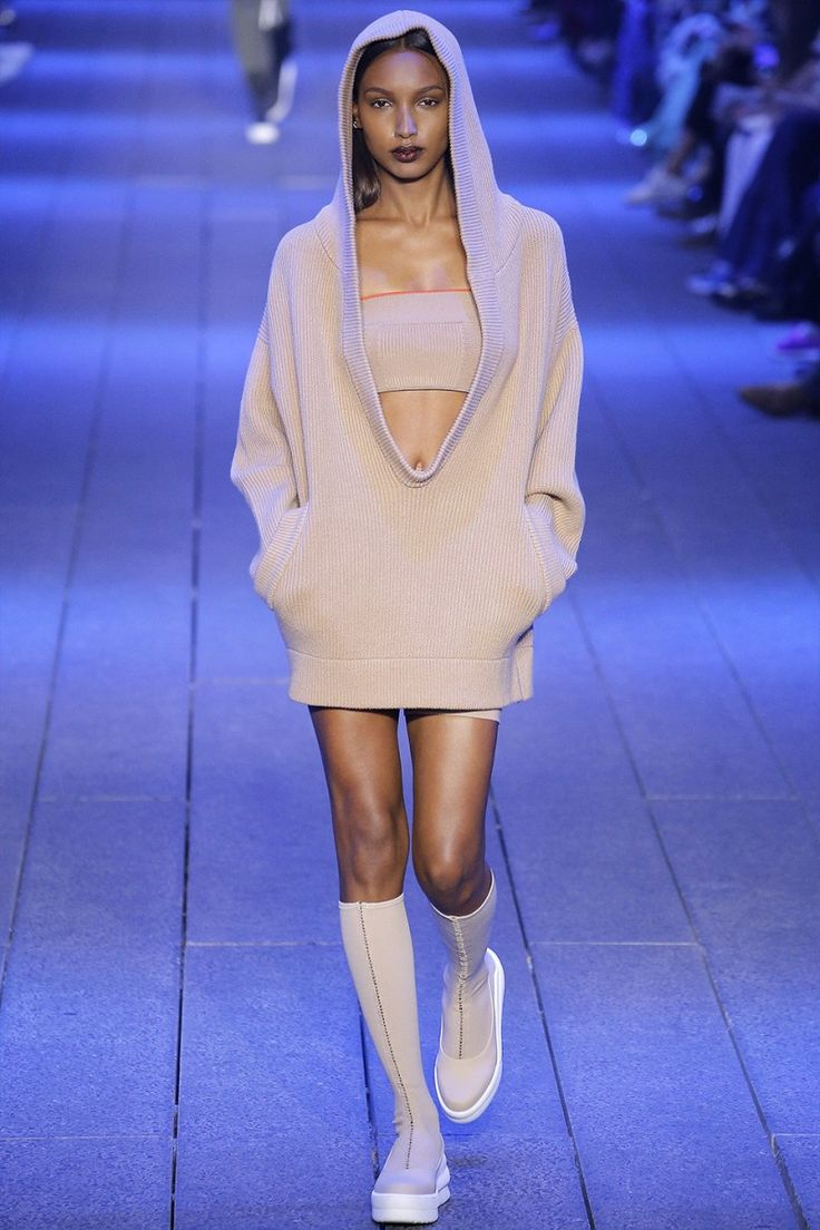 Next up on the jam-packed NYFW schedule is DKNY, which unveiled its first collection since it was sold by LVMH to G-III Apparel Group.