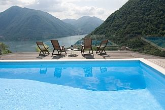 Lake Como Villas / Apartments for holiday accommodation in Muronico, Argegno, Lombardy IT2619