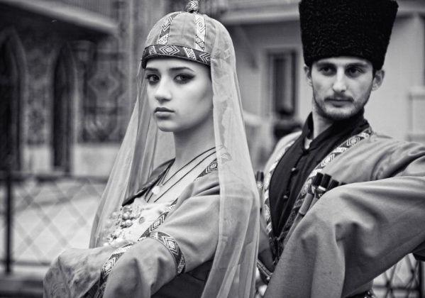 Caucasus people traditional costumes of Georgia man woman ...
