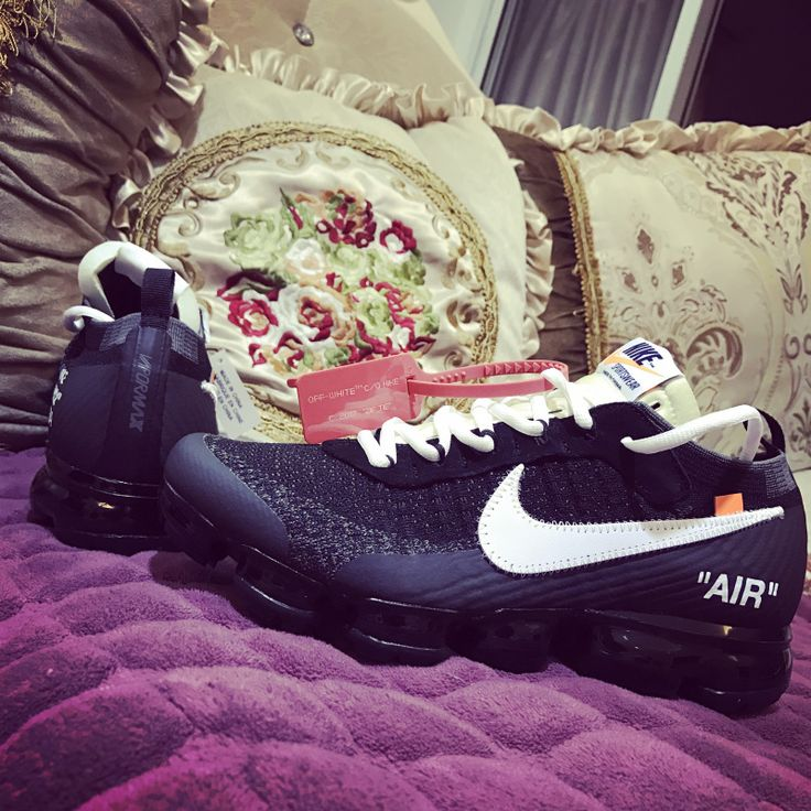 Off White x Nike Air VaporMax Black AA3831-002