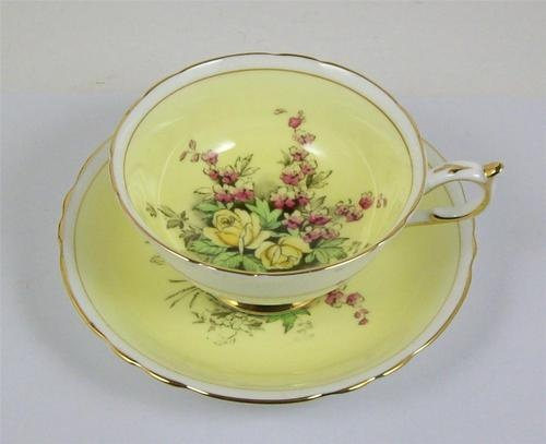 Vintage Paragon Fine Bone China Footed Tea Cup Gold Trim 1952-1960 Yellow Roses