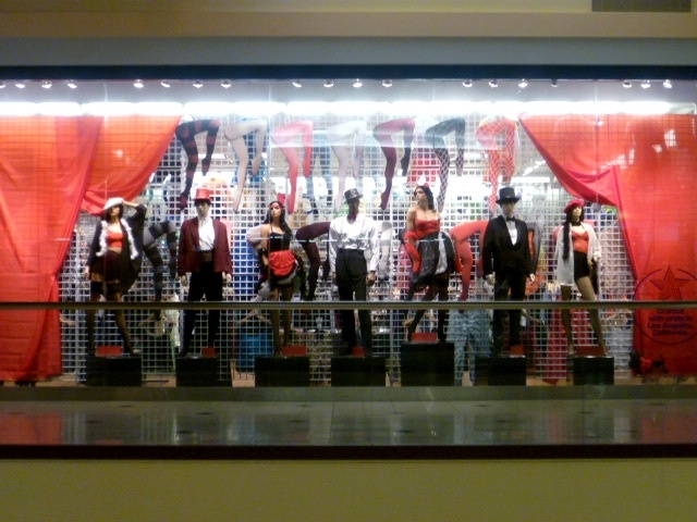 Rouge clothing store