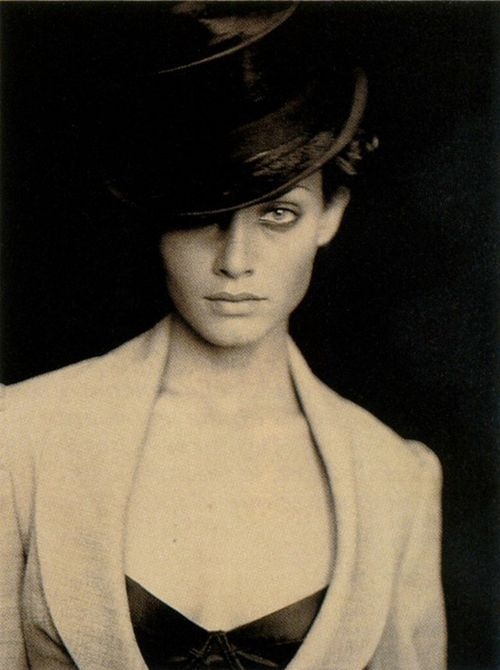 AMBER VALLETTA BY PAOLO ROVERSI