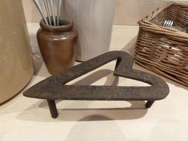 Iron Trivet, pot stand, iron stand, traditional country kitchen, vintage utility laundry, flat iron trivet, heart shaped trivet by NansCottageVintage on Etsy