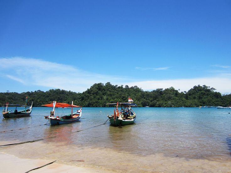 Pantai Sendang Biru Obyek Wisata yang Sangat Indah di Malang - Jawa Timur