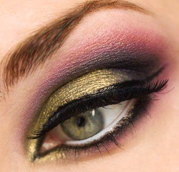 Eye make up: Colors Combos, Make Up, Eye Makeup, Makeup Tools, Pink Eyeshadows, Makeup Collection, Beautiful, Green Eye, Eyeshadows Makeup