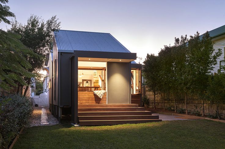 East Brisbane Renovation | Outdoor Living | Queensland Australia | Smith Architects
