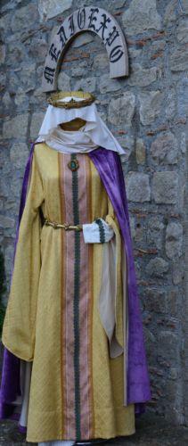 Abito-medievale-XII-secolo-Donna-Taglia-M-L-Rievocazione-Storica-Regina