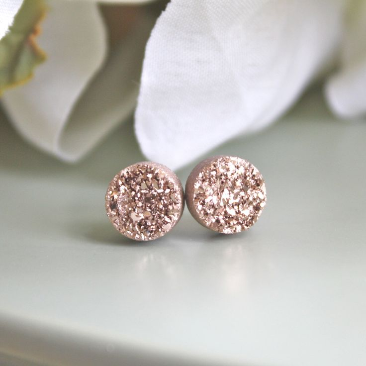 Rose Gold Druzy Earrings, Drusy Earrings, Drusy Post Earrings, Bridesmaids Gift, Bridesmaid Earrings, Tiny Jewelry, Christmas Gifts by AvaHopeDesigns on Etsy https://www.etsy.com/listing/185671775/rose-gold-druzy-earrings-drusy-earrings