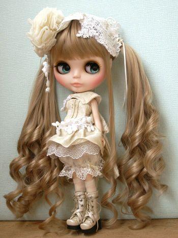 lolita blythe little fashion dolls so cute