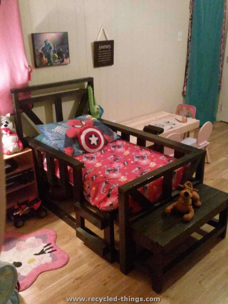 Bedroom Furniture Made Out Of Pallets best 25+ pallet toddler bed ideas on pinterest | kids pallet bed