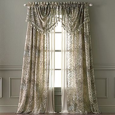 1 3 Ct T W Diamond 10k White Gold Heart Pendant Necklace Velvet Window Coverings And Pockets