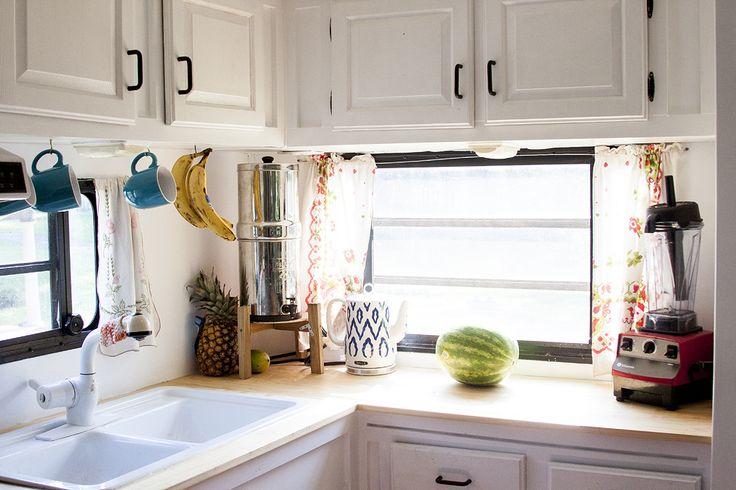 FABULOUS Motor home makeover - you HAVE to see the before/after.