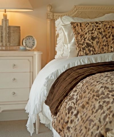 Brown Leopard Bed Throw