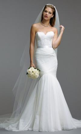 Watters Carina 5018B (corset top) / Amina 5082B (skirt), $2,000 Size: 10 | New (…