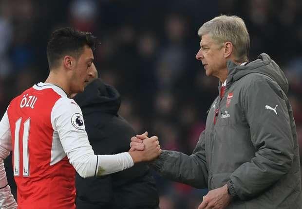FOOTBALL NEWS: Wenger attacks Ozil 'blame culture' in Arsenal slu...