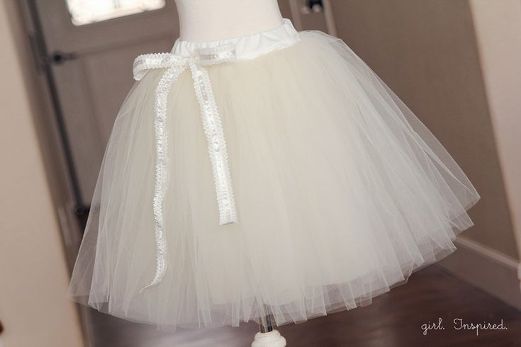 Every girl wants to take a spin in a tutu at least once in their life. Learn how to make a tutu for twirling or lifting the skirt of a fancy dress.