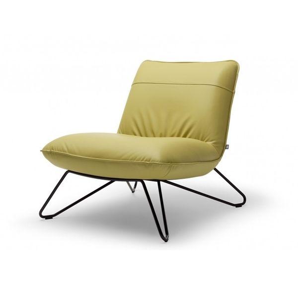Rolf Benz 394 fauteuils vindt u in het Rolf Benz Experience Center NL. Centraal in Nederland (Mijdrecht). Parkeren op eigen terrein.