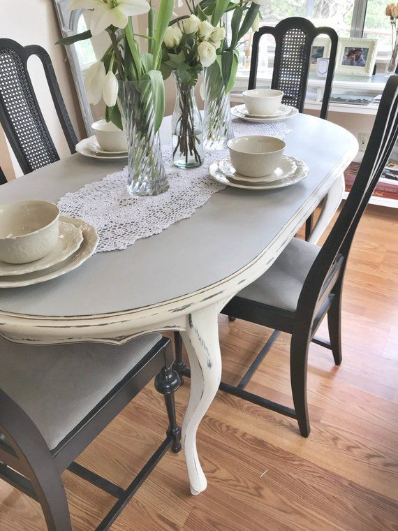 Antique Oval Dining Table White And Gray Two Tone Distressed Oval Table Dining Dining Table Shabby Chic Dining Tables