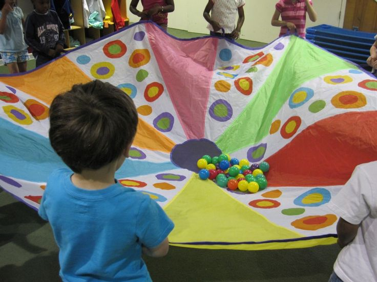 Parachute play in preschool || Teach Preschool