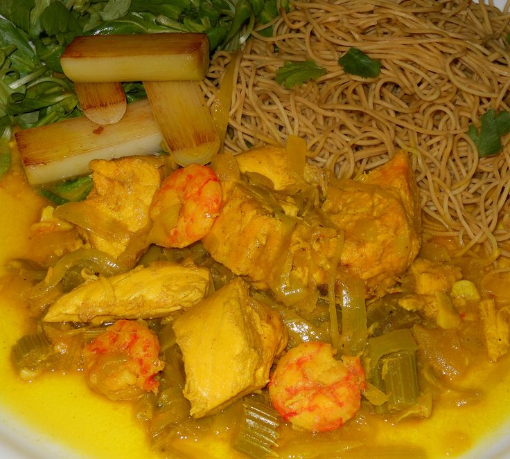 Chicken Curry with Prawns