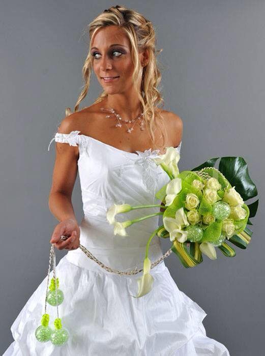 Dely fleurs sera samedi et dimanche au salon du mariage de la Porte de Versailles! Venez nous encourager!!