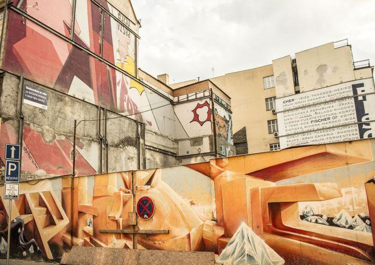 #street #canvas #blu #art #praha #czech #assemblation #diamonds #pastahoner #unknown #signal #wallart #dreams #urbex