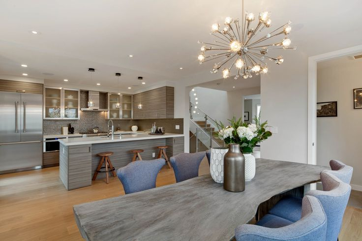 797 35th Ave Fully rebuilt with meticulous design, this four bedroom, six and one half bath Edwardian home is a smart and stylish three story residence. Brought to you by Rebecca Hoffman - experienced top-producing agent of Hill & Company San Francisco.