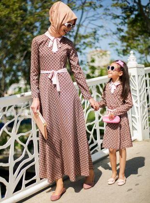 Fiyonk Detaylı Elbise - Pudra - Refka :: HoopSepete