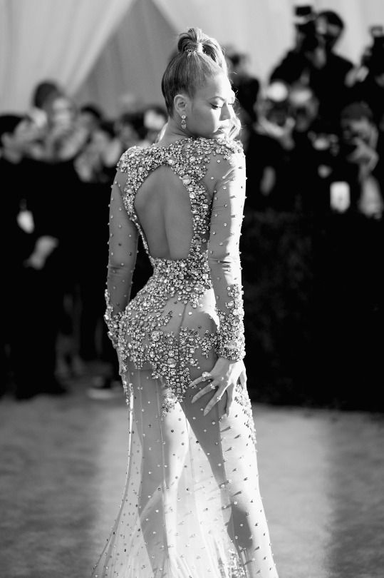 Beyonce attends the 'China: Through The Looking Glass' Costume Institute Benefit Gala at the Metropolitan Museum of Art on May 4, 2015 in New York City