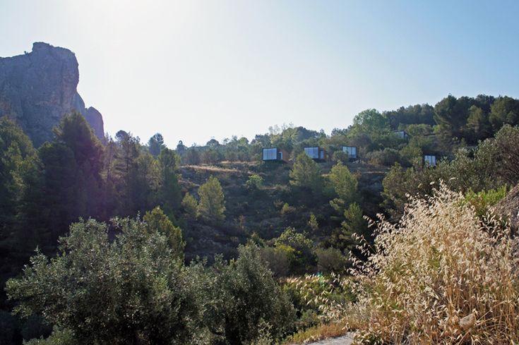 Удивительные пейзажи открываются из необычного отеля Vivood http://happymodern.ru/udivitelnye-pejzazhi-otkryvayutsya-iz-neobychnogo-otelya-vivood/ Независимые апартаменты удачно расположились в долине Гуадалест