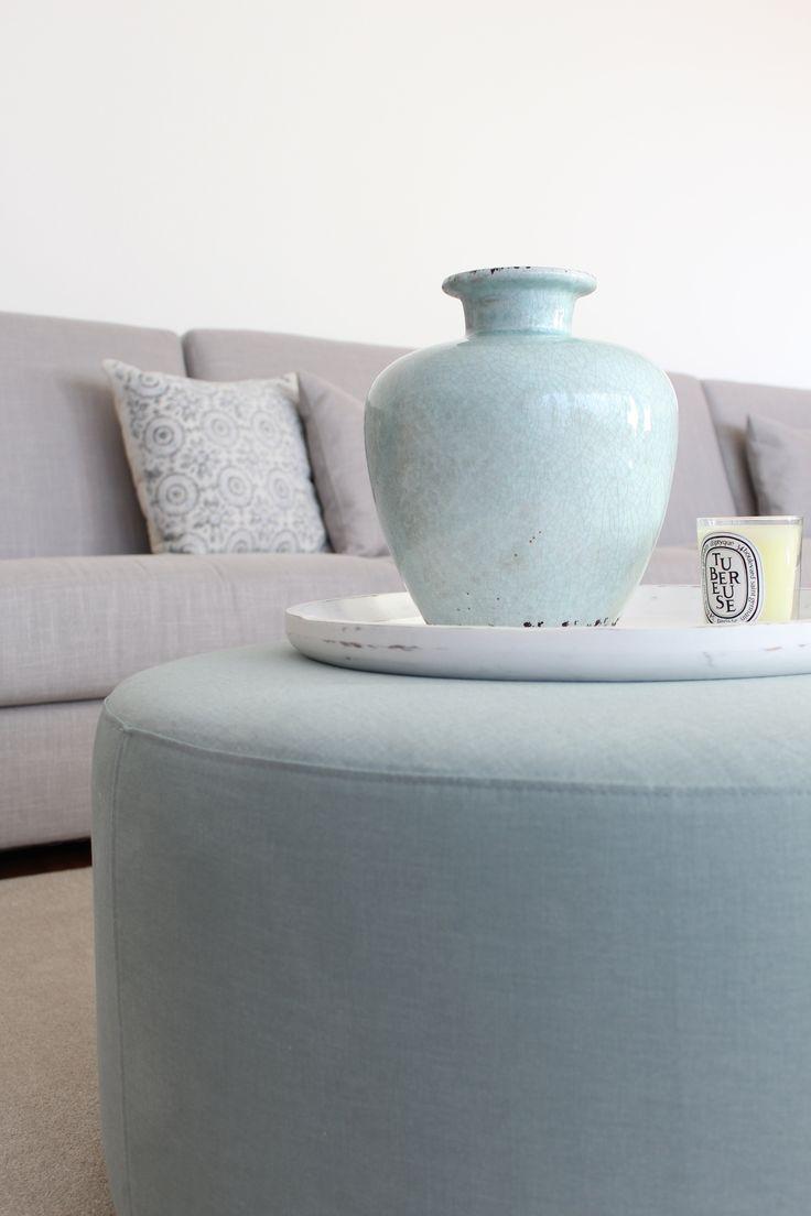 La+nueva+casa+de+Sara+Carbonero+en+Oporto+con+muebles+Kenay+Home+-+detalle+salon