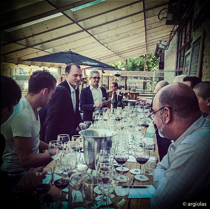 Ontario, tasting in Toronto with Beppe Pinna.