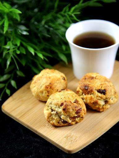 Scones aux raisins (Angleterre) - Recette de cuisine Marmiton : une recette