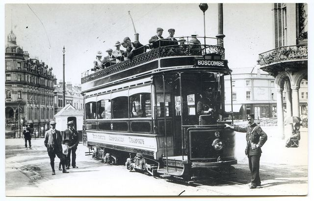 bournemouth tram | Bournemouth Corporation Tramcar 6, entering Christchurch Road at the ...