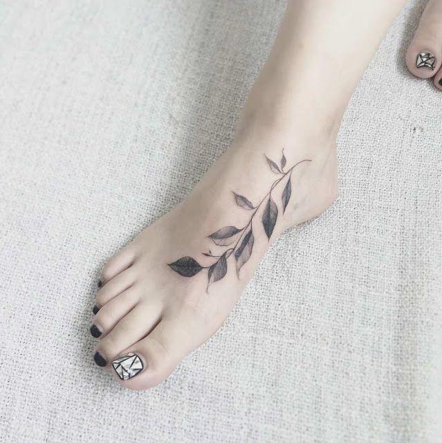 37 tatuagens femininas para os pés! | Tatuagem no pe feminina, Tatuagem feminina, Tatuagem no pé delicada