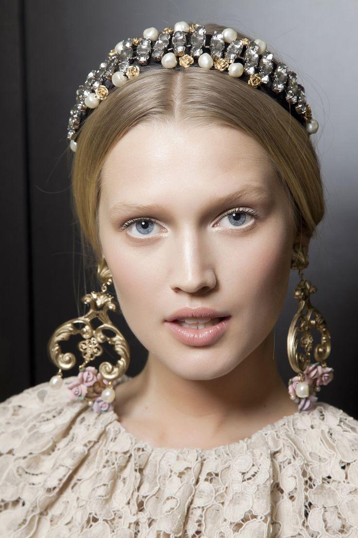 Wintertrend 2013: Witte oogmake-up > Beautytips, beautytrends, beauty filmpjes, de beste beautyproducten - Beauty - Styletoday