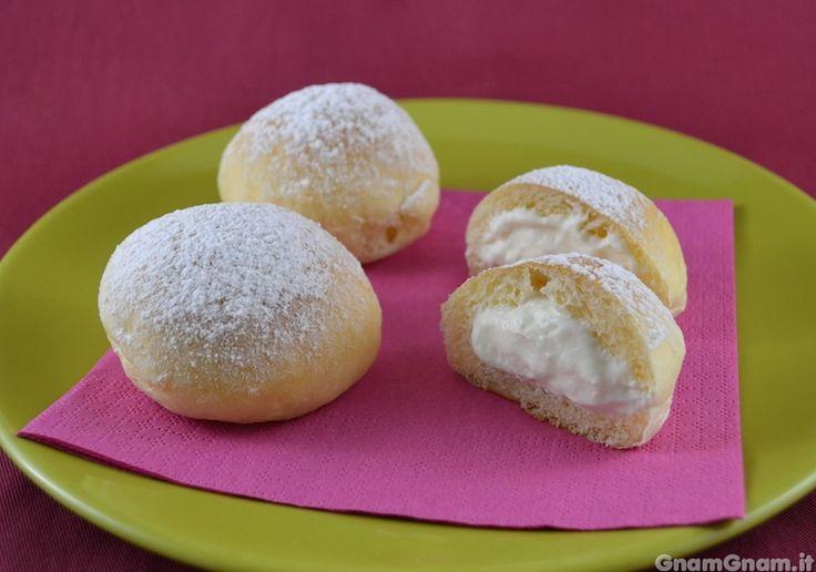Scopri la ricetta di: Fiocchi di neve di Poppella , pan brioche con ripieno di  crema di latte e ricotta