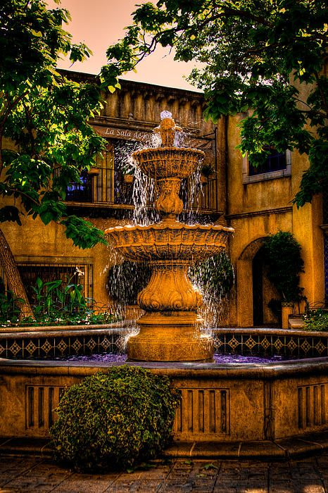 The Fountain at Patio Del Norte Tlaquepaque in Sedona, AZ - David Patterson....#AmericaBound....@Earthbound Farm