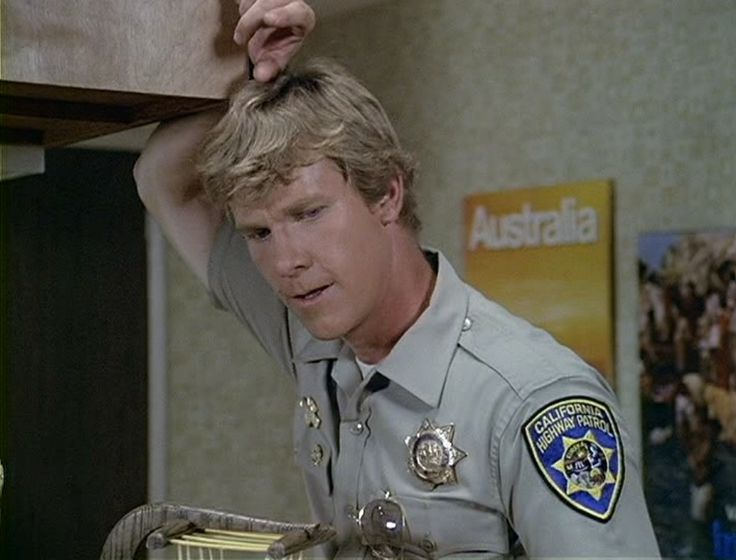 larry wilcox usmc - photo #9