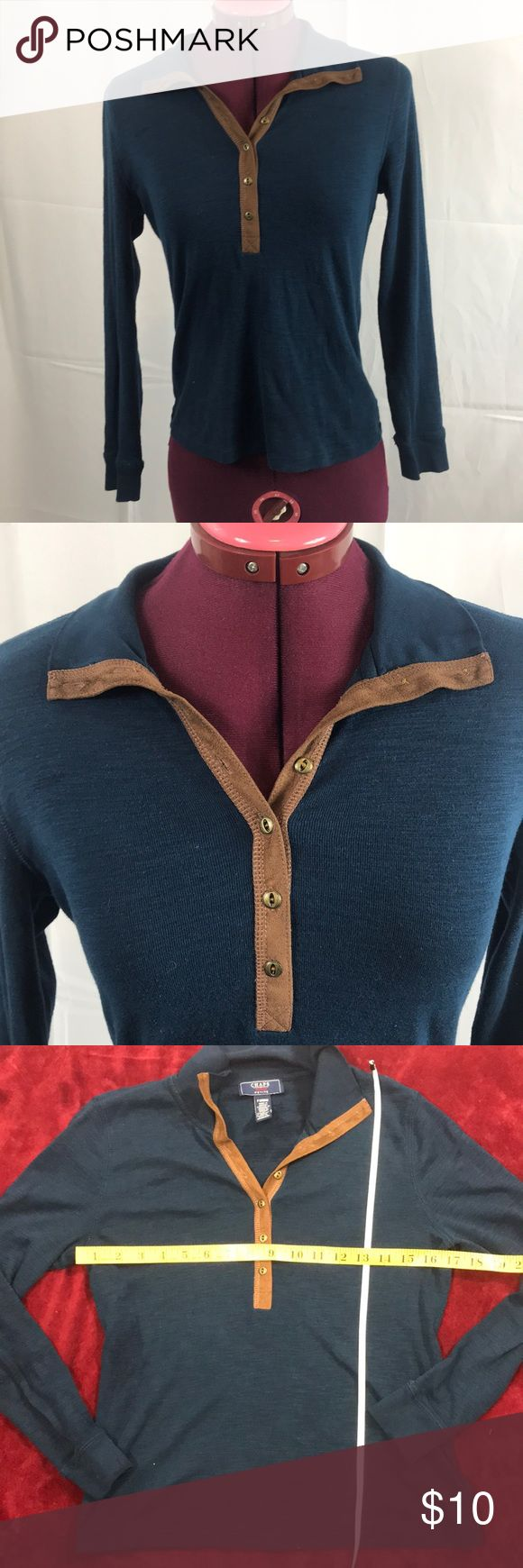 Chaps Petite Long Sleeve Top Size Medium Chaps Petite Top. Size Medium. Button down front. Preowned in good condition. Comes from smoke free and clean home. Chaps Tops