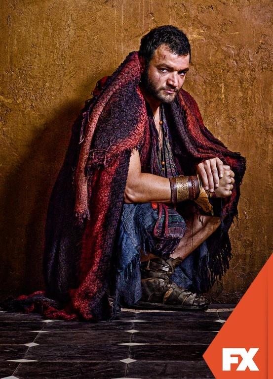 Nick E. Tarabay é Ashur.  Spartacus - Nova temporada, domingo 19 de maio, 23h #AssistoFX Confira conteúdo exclusivo no www.foxplay.com