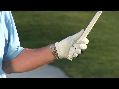#Golf Grip Drill - The 6th Finger Grip. #ANNIKA Academy Instructor show a very simple way to make sure you have the right grip!