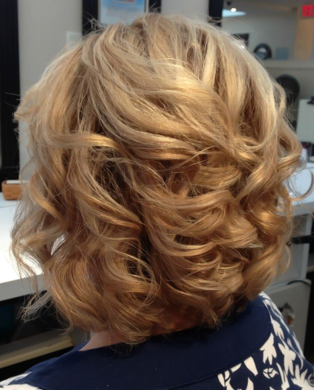 Lob Long Bob Haircut With Soft Curls And Golden Highlights Curly