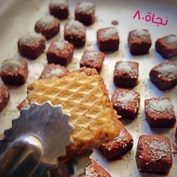 حلى سهل وسريع جدا بسكوت للتقديم ولمزيد من الوصفات السهلة والذيذة حملي تطبيق طبخي Https Linktr Ee Tabke طبخي طبخات وصفات حلويات Recipes Food Breakfast
