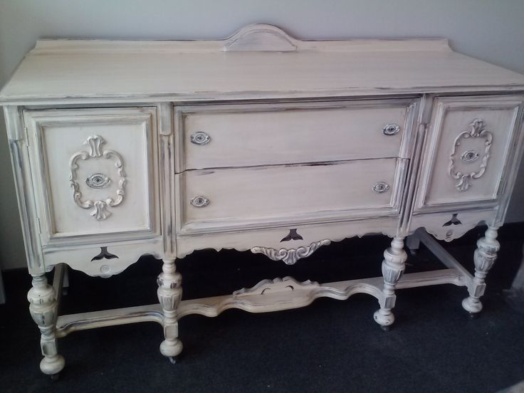 84 best images about buffets vintage shabby chic. Black Bedroom Furniture Sets. Home Design Ideas