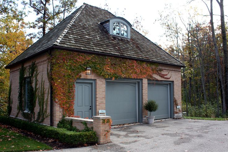 17 best images about wooded lake cottage exterior on for Brick garages prices